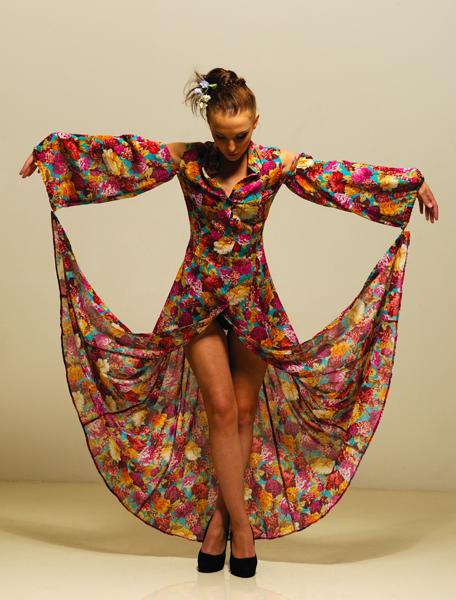 Вы просматриваете изображения у материала: Ольга Солнцева художник модельер