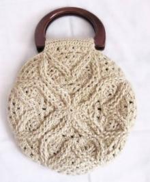 Вазанная шерстяная сумочка